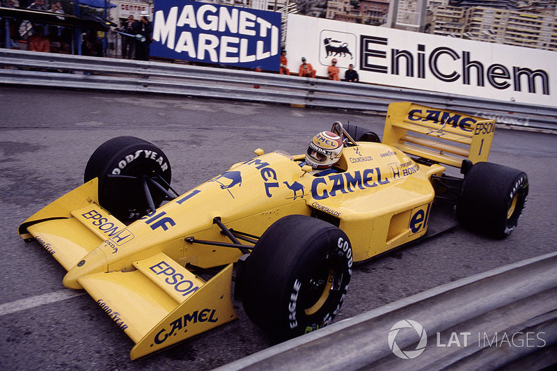 18: Nelson+Piquet: 116 GPs (56,86% dos disputados)