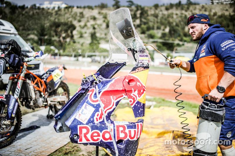 Mecánico del #16 Red Bull KTM Factory Racing: Matthias Walkner