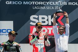 Podium : le vainqueur Chaz Davies, Ducati Team, le deuxième Jonathan Rea, Kawasaki Racing