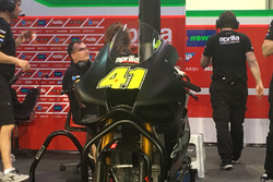 Neue Verkleidung am Bike von Aleix Espargaro, Aprilia Racing Team Gresini