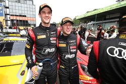 I vincitori #17 Team WRT Audi R8 LMS: Stuart Leonard, Robin Frijns