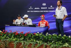 Lewis Hamilton, Mercedes AMG F1, Valtteri Bottas, Mercedes AMG F1, Sebastian Vettel, Ferrari