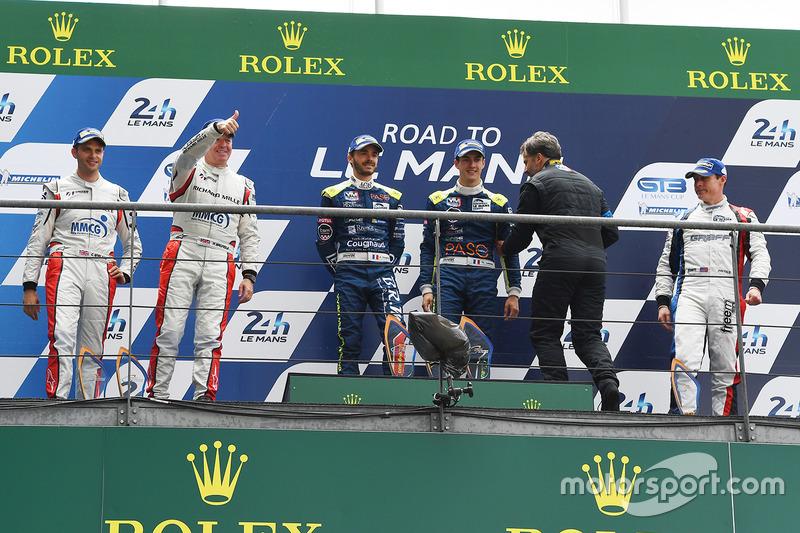 Podyum LMP3: 1. Thomas Laurent, Alexandre Cougnaud, DC Racing, 2. Martin Brundle, Christian England, United Autosports, 3. John Falb, Graff