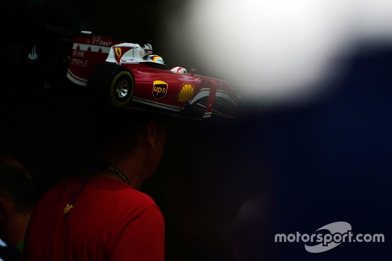 Un tifoso Ferrari