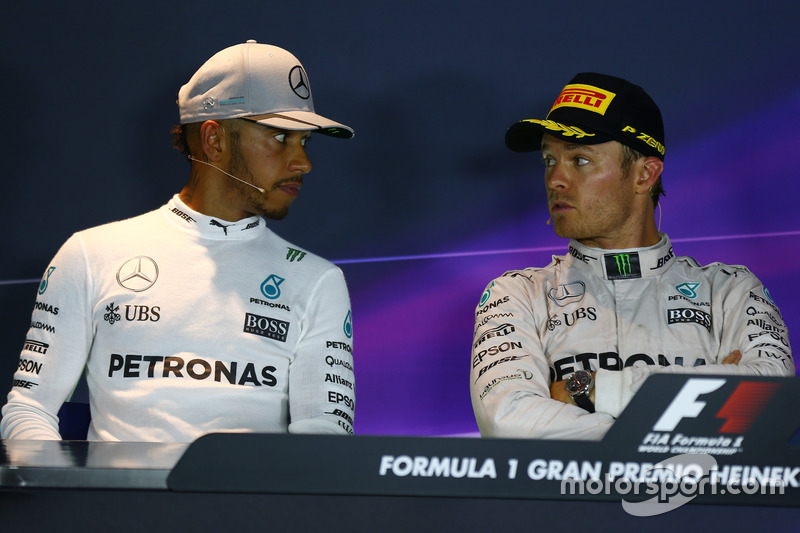 Lewis Hamilton, Mercedes AMG F1 W07 and Nico Rosberg, Mercedes AMG Petronas F1 W07 in the Press conference