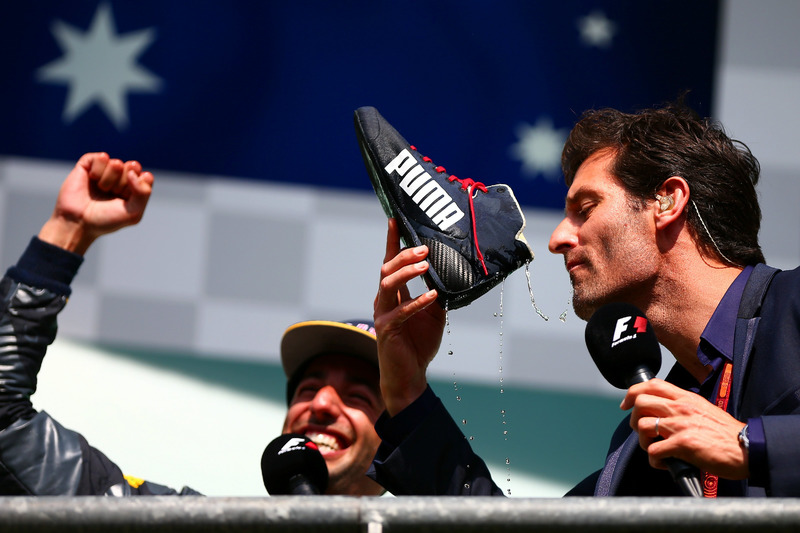 Podium: Daniel Ricciardo, Red Bull Racing with Mark Webber