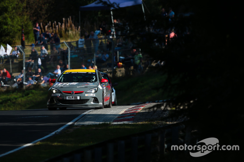 Raphael Hundeborn, Marc Legel, Roman Löhnert, Opel Astra OPC Cup