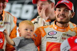 Sieer Kyle Larson mit Sohn Owen