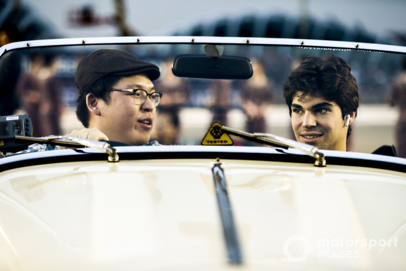 Lance Stroll, Williams Racing, en el desfile de pilotos