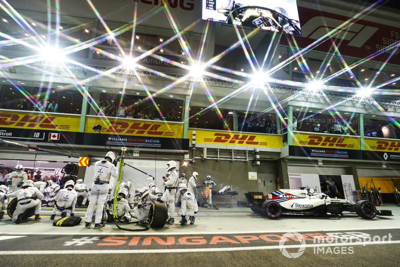 Lance Stroll, Williams FW41 sale de pits