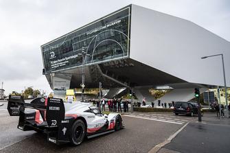 La Porsche 919 Hybrid Evo au musée Porsche