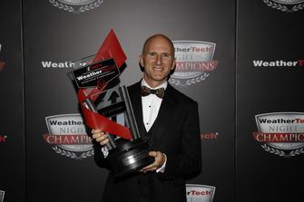 Il vincitore del Bob Akin award Ben Keating