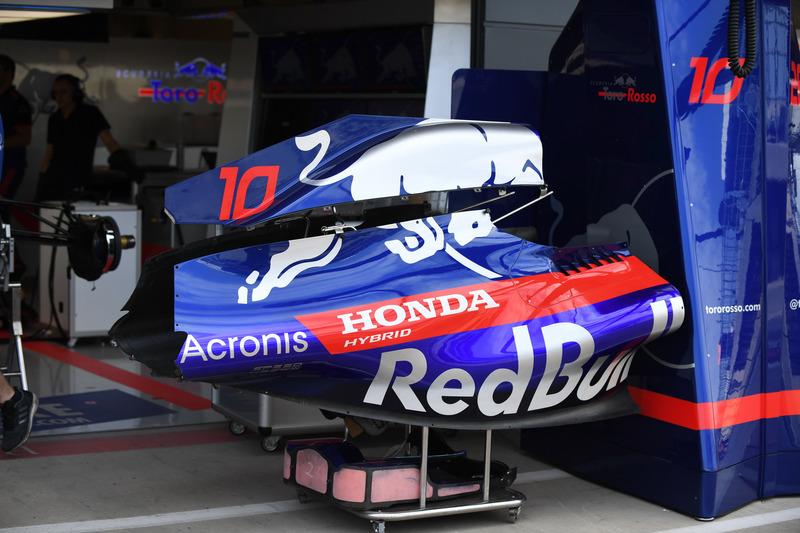 Scuderia Toro Rosso STR13, carrozzeria
