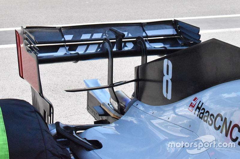 Haas F1 Team VF-18 arka kanat detay