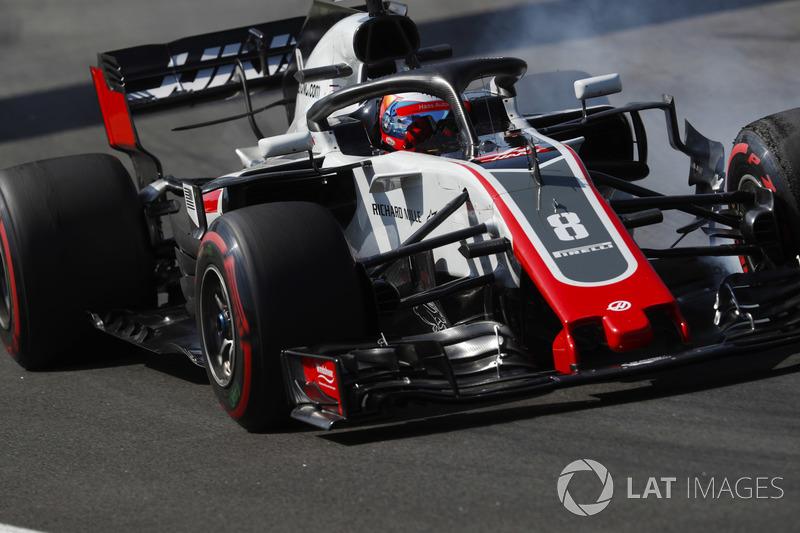 Romain Grosjean, Haas F1 Team VF-18, lastiklerini kilitliyor