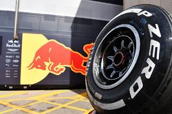 Un pneu Pirelli de Red Bull Racing
