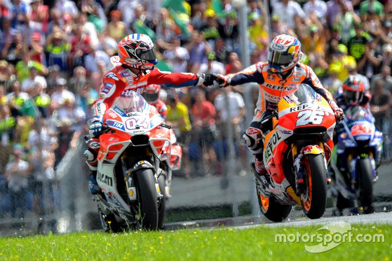 Ganador de la carrera, Andrea Dovizioso, Ducati Team y Dani Pedrosa, Repsol Honda Team