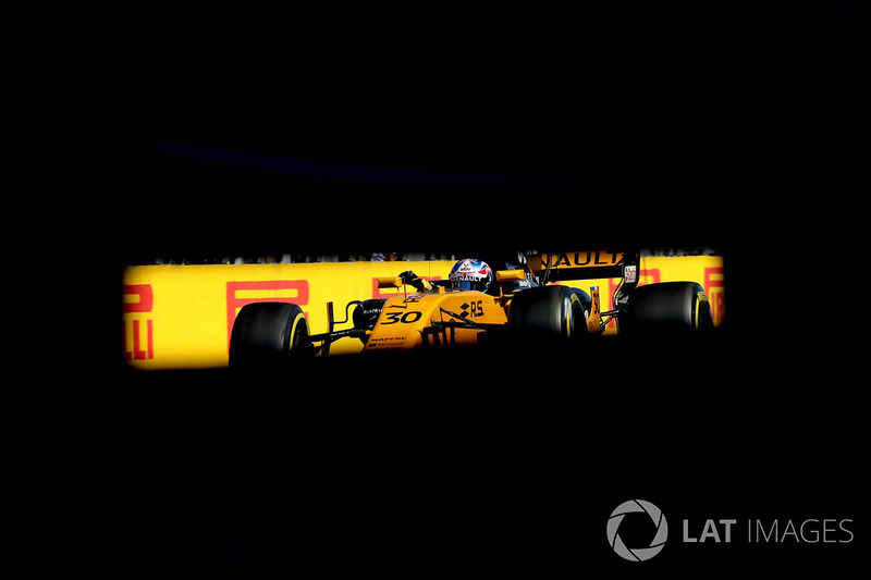 21 місце — Джоліон Палмер, Renault — 1