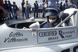 Gilles Villeneuve, March 76B-Ford BDA, Formule Atlantique, avec son ancien casque