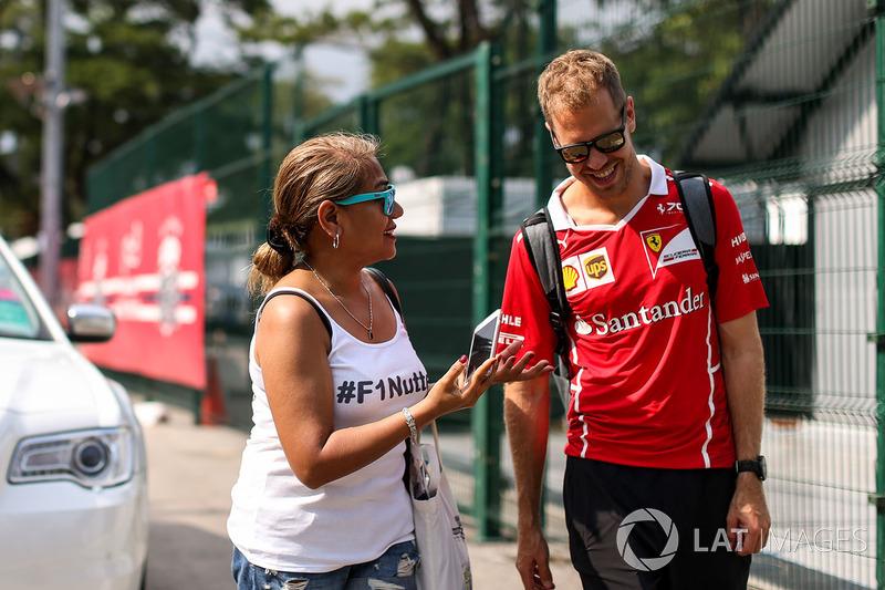 Sebastian Vettel, Ferrari und Fan