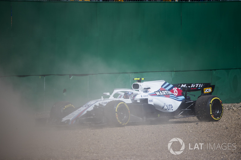 Sergey Sirotkin, Williams FW41, in the gravel