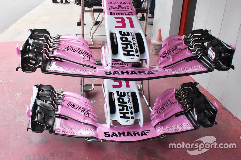 A seleção da asa dianteira da Force India: a mais nova das duas (abaixo) foi vista pela primeira vez no Bahrein, mas não foi mais usada, aguardando a atualização em larga escala que está sendo introduzido na Espanha.