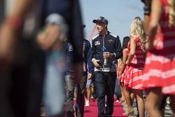 Brendon Hartley, Scuderia Toro Rosso on the drivers parade