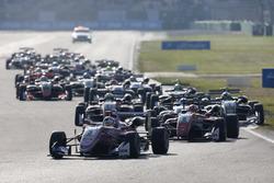 Maximilian Günther, Prema Powerteam Dallara F317 - Mercedes-Benz leads