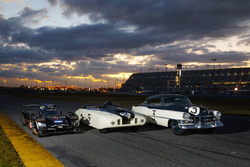 "Cadillac Series 61, Le Mans ""LeMonstre"" 1950 e Cadillac DPi-V.R Prototype 2018"