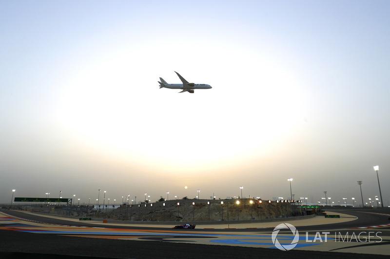 Gulf Air Boeing 787-8 Dreamliner