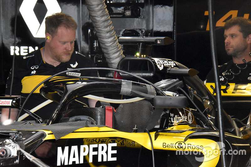 Espejos montados en el Halo del Renault Sport F1 Team RS 18