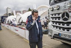 Bruno Famin, Team Principal de Peugeot Sport dans le bivouac