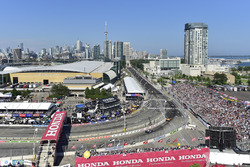 Josef Newgarden, Team Penske Chevrolet, James Hinchcliffe, Schmidt Peterson Motorsports Honda, Zach Veach, Andretti Autosport Honda