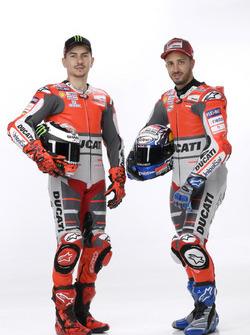 Гонщики Ducati Team Андреа Довициозо и Хорхе Лоренсо