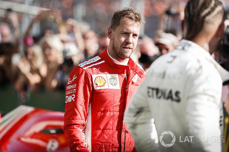 Sebastian Vettel, Ferrari dan Lewis Hamilton, Mercedes AMG F1