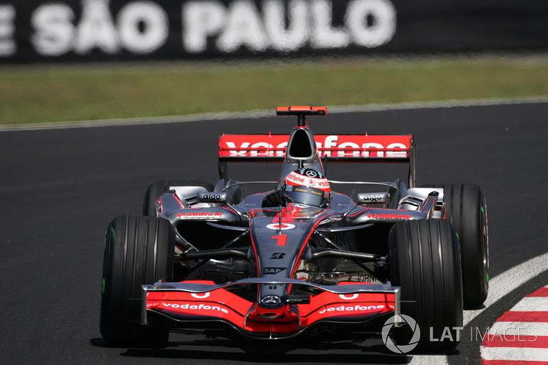 McLaren MP4-22 (2007)