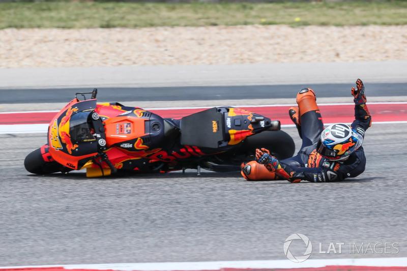 Падение: Пол Эспаргаро, Red Bull KTM Factory Racing