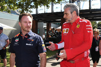 Christian Horner, director del equipo Red Bull Racing y Maurizio Arrivabene, director del equipo Ferrari
