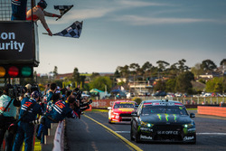 Race winners Cameron Waters, Prodrive Racing Australia Ford, Richie Stanaway, Prodrive Racing Australia Ford