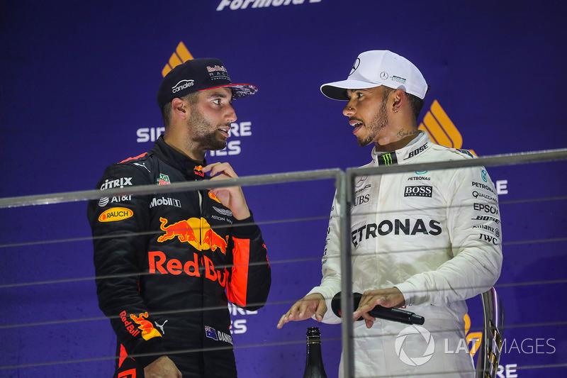 Podium: race winner Lewis Hamilton, Mercedes AMG F1, second place Daniel Ricciardo, Red Bull Racing