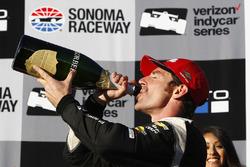 Race winner Simon Pagenaud, Team Penske Chevrolet