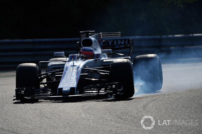 Luca Ghiotto, Williams FW40 locks up