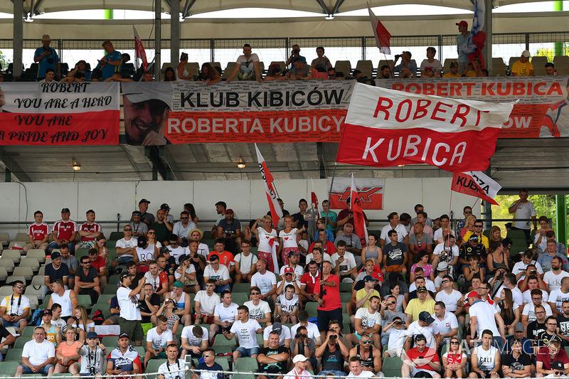 Поклонники Роберта Кубицы