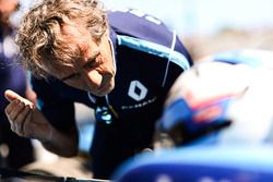 Alain Prost talks with Nicolas Prost, Renault e.Dams