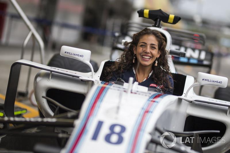 Giselle Zarur, Canal F1 Latin America Reporter in the Williams FW40