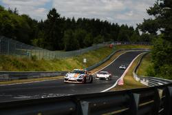 Max', 'Jens', Porsche Cayman GT4 Clubsport