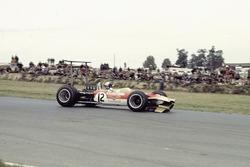 Mario Andretti, Lotus 49B Ford