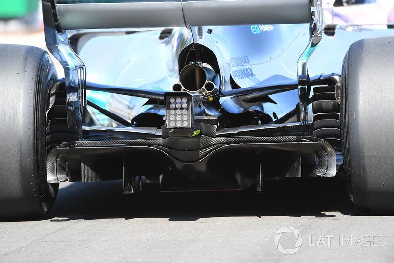 Lewis Hamilton, Mercedes-Benz F1 W08: Diffusor
