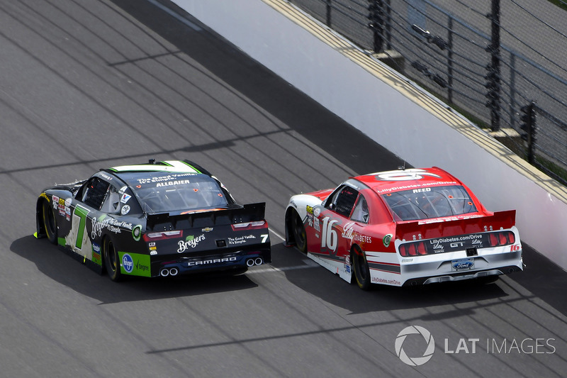 Justin Allgaier, JR Motorsports Chevrolet y Ryan Reed, Roush Fenway Racing Ford