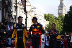 St Stevens Tower, Big Ben, Nico Hulkenberg, Renault Sport F1 Team, Max Verstappen, Red Bull
